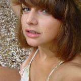 Single meisje van 23 zoekt geile jongens met een wulpse vrijgeze