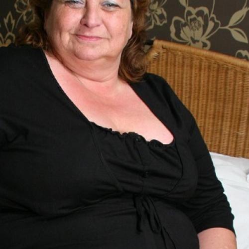 Abertha (63) uit Limburg