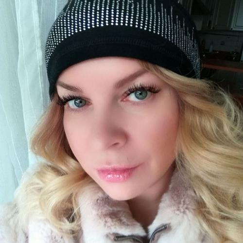 Angelinnna (35) uit Vlaams-Brabant