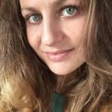 Alleenstaand ding van 26 uit Asper (Oost-Vlaanderen) wil sexdate