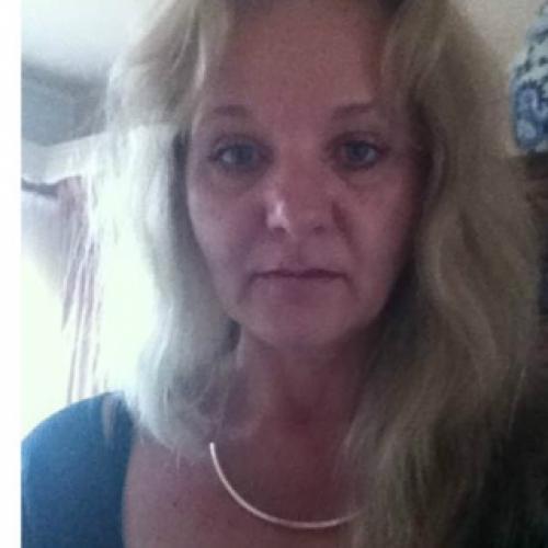 Gepijpt worden door 52-jarig dametje uit Drenthe