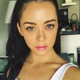 Sexy studente van 25 wil sexdaten met een lekkere man