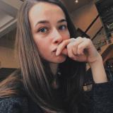 Eenzaam studente van 24 zoekt man voor sex met een sexy kerel