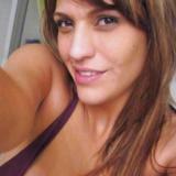 Lief babe van 28 wil smullen van sex met een wulpse man