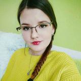 Vrijgezel tiener van 19 wil graag daten met een sexy heer
