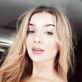 Heet milfje van 32 uit Kruiningen (Zeeland) zoekt man voor sex