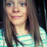 Heet tienertje van 22 uit Dinxperlo (Gelderland) wil daten