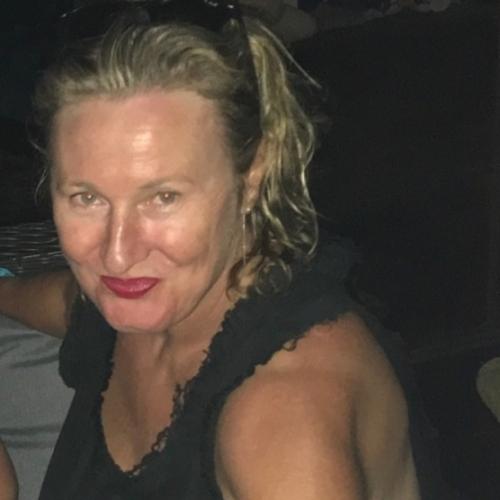 Gratis daten met 54-jarig dametje uit West-Vlaanderen