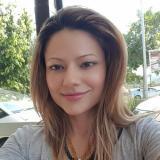 Eenzaam studente van 24 wil sexdaten met een hete man