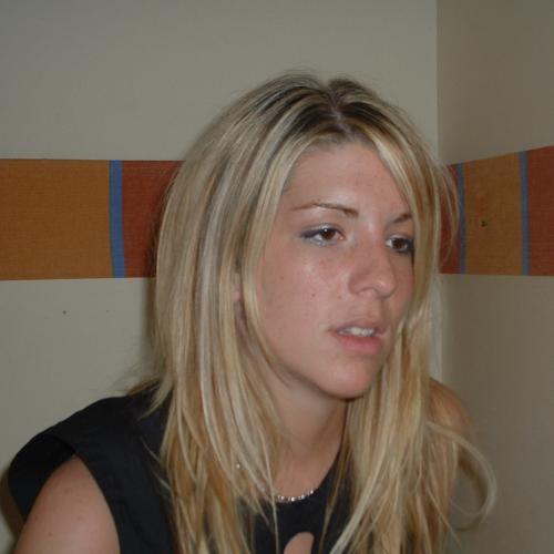 EmmaOpZoek (30) uit Overijssel