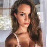 Lekker milfje van 31 wil graag sex met een lekkere vent