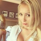 Lief babe van 28 wil graag sex met een wulpse vent