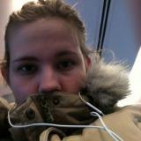 Alleenstaand babe van 26 zoekt man voor sex met een geile kerel