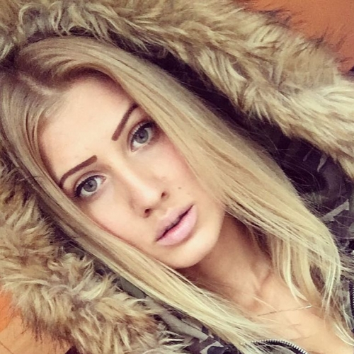 Haayley (24) uit Flevoland