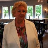 Eerste keer neuken met 61-jarige oma uit Zwolle