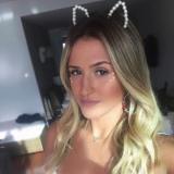 Heet milfje van 32 zoekt eenmalige sexdates met een lekkere jong