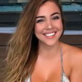 Heet meisje van 22 wil graag sex met een sexy vent