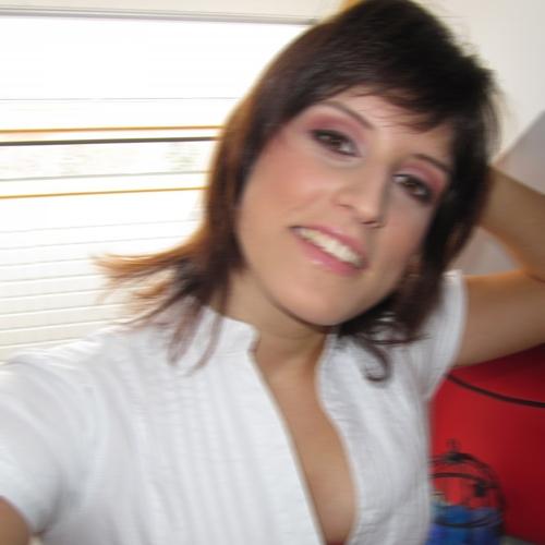 Huisvrouw van 30 Antwerpen dating