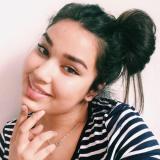 Eenzaam ding van 24 uit Almere (Flevoland) wil sexdaten