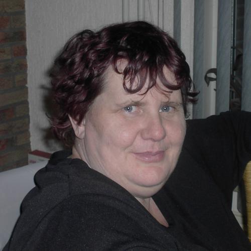 Gepijpt worden door 53-jarig dametje uit Limburg
