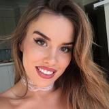 Lief babe van 28 zoekt eenmalige sexdates met een geile jongen