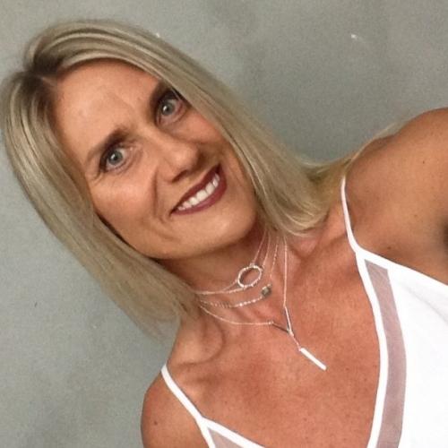 Ontmaagd worden door 54-jarig dametje uit Overijssel