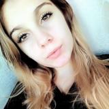 Geil tienertje van 20 uit Huissen (Gelderland) wil neuken