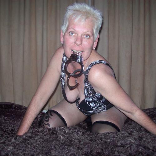 Laat je lekker erotisch masseren door een mooie Hollandse