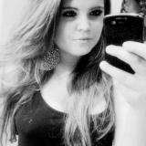 Heet tienertje van 22 uit Gouda (Zuid-Holland) wil daten