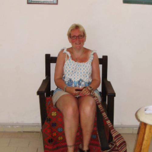 Gratis neuken met 43-jarig moedertje uit Noord-Holland