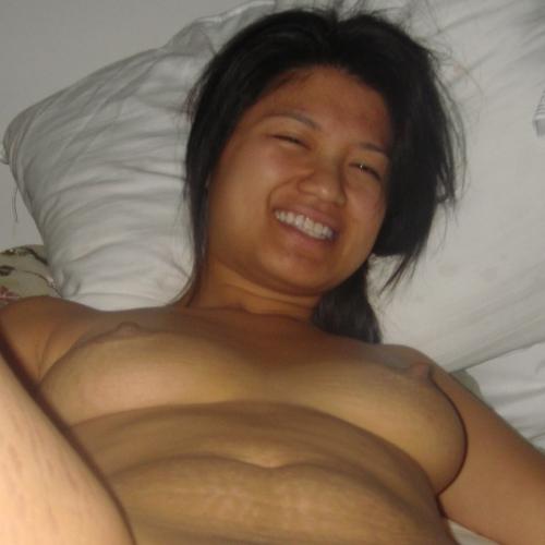 Laat je lekker erotisch masseren door een wulpse amateur
