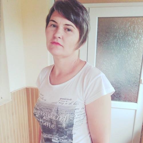 Gepijpt worden door 50-jarig dametje uit Noord-Holland