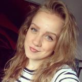 Single meisje van 23 wil graag daten met een hete heer