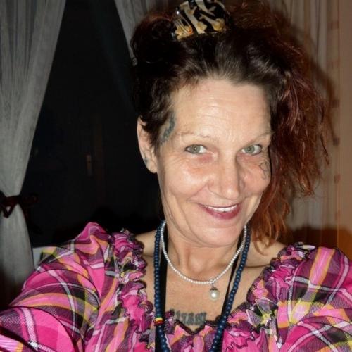 Marcie100 (52) uit Drenthe