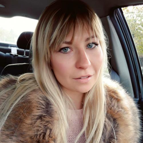 Blowjob van 40-jarig moedertje uit Zuid-Holland