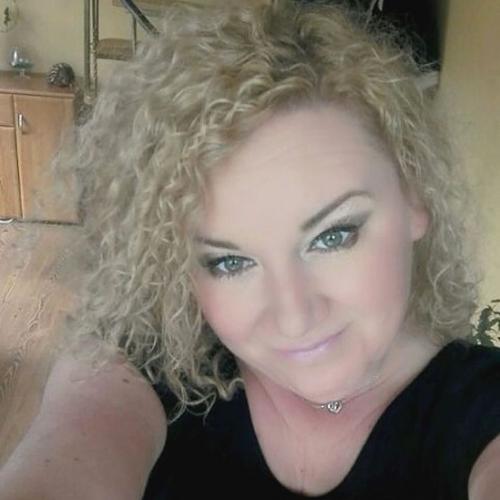 Mellyyssa (40) uit Limburg