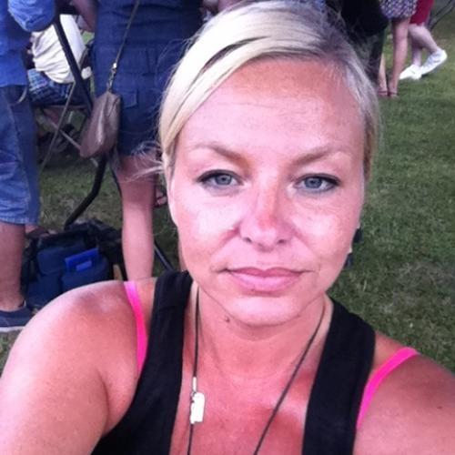 Gratis daten met 43-jarig moedertje uit Noord-Holland