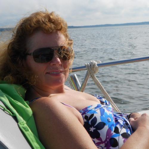 Blowjob van 44-jarig moedertje uit Noord-Holland
