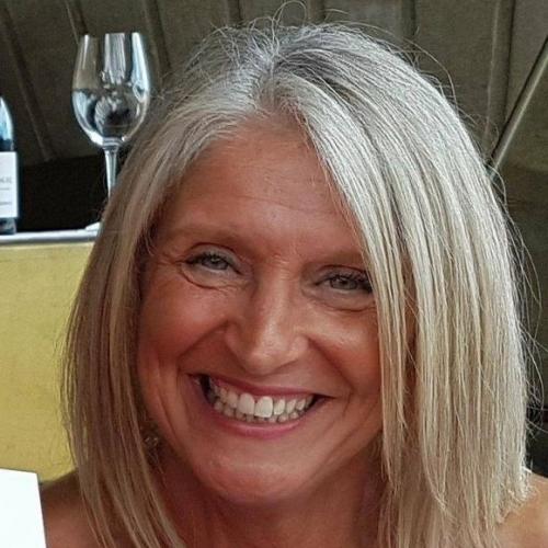 Gepijpt worden door 52-jarig dametje uit Utrecht