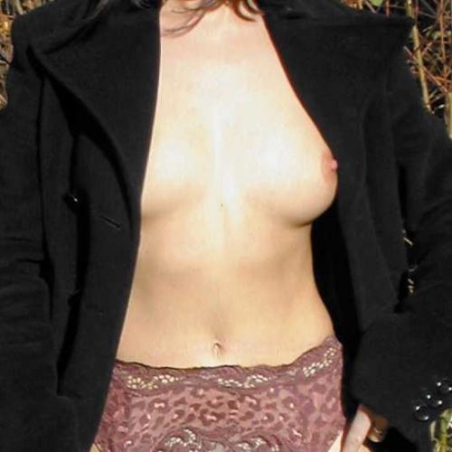 Laat je lekker erotisch masseren door een sensuele meid