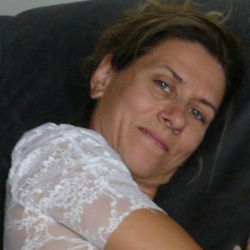 Gepijpt worden door 50-jarig dametje uit Zuid-Holland