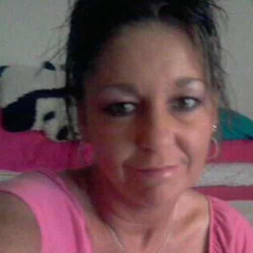 Pattyis37 (37) uit Drenthe