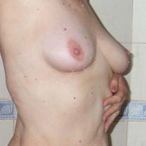 Laat je geil verwennen door een sexy meid