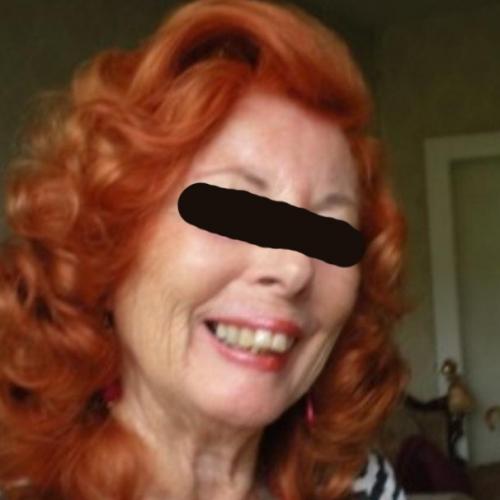 Gepijpt worden door 66-jarig omaatjes uit Utrecht