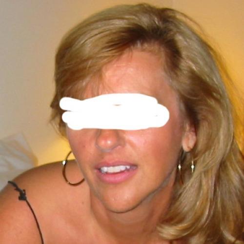 Gratis neuken met 44-jarig moedertje uit Gelderland