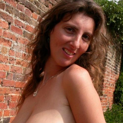 Laat je fijn erotisch masseren door een geile dame