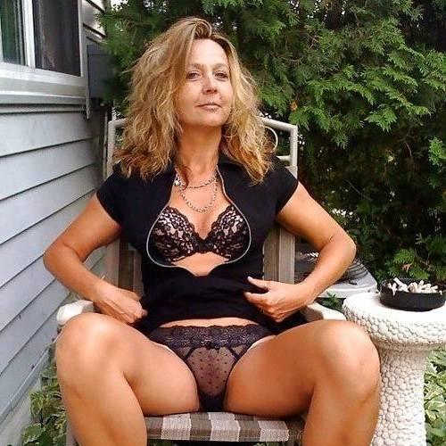 Suprisexx (49) uit Drenthe