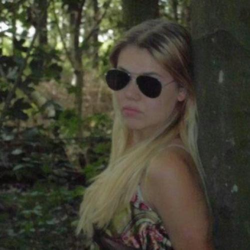 Huisvrouw van 24 Rijsenhout dating