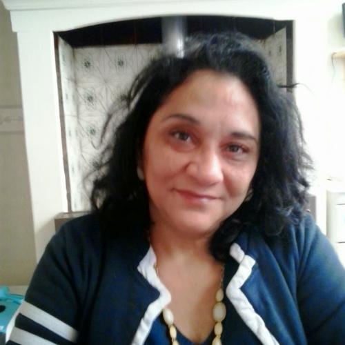 Gepijpt worden door 51-jarig dametje uit Overijssel