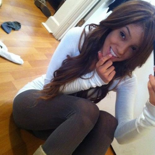 Laat je uitgebreid erotisch masseren door een sensuele meid